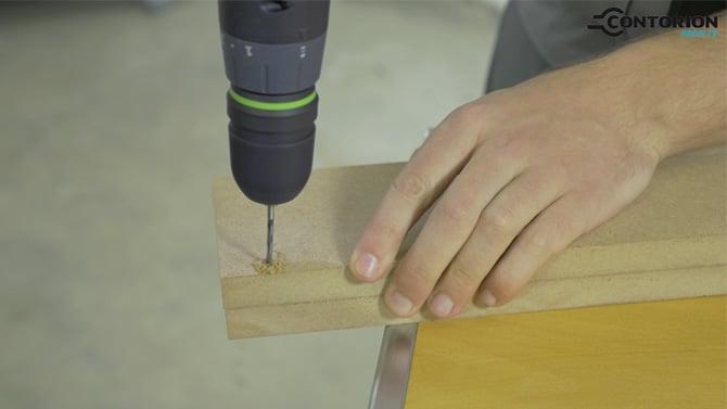 Bohren in Holz mit dem CXS