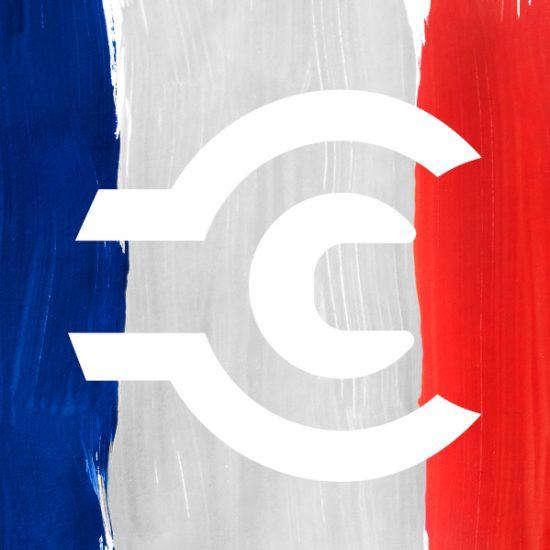 Die französische Flagge aus Pinselstrichen gemalt, darauf das weiße Contorion-Zeichen