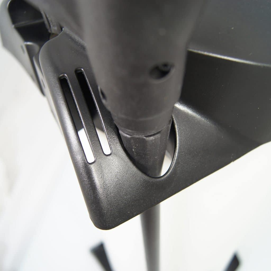 Nahaufnahme Spritzrohrhalter eines Sprühgeräts